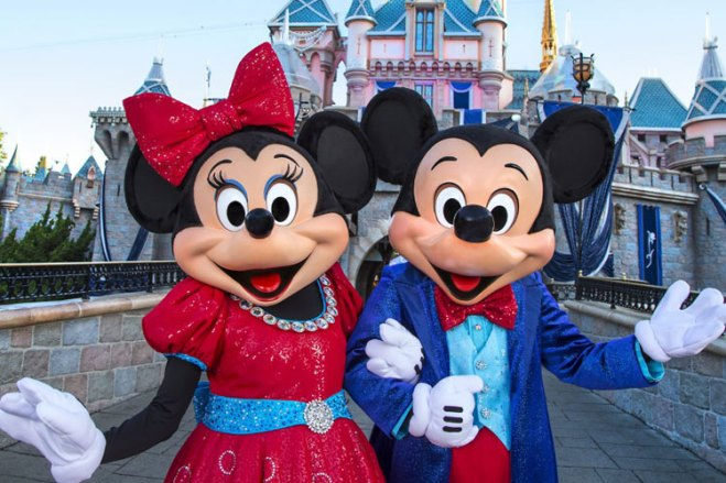 Join Mickey Mouse and Minnie Mouse at the Disneyland Resort Diamond Celebration.