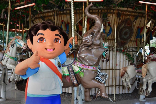 Meet Diego at Tampa's Lowry Park Zoo during Que PasZoo, a celebration of Latin culture. Plus, kids get in free every Saturday in September!