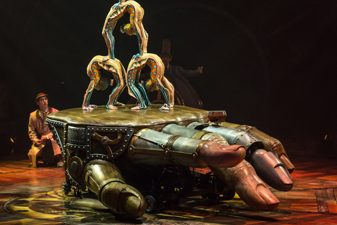 Mixing steampunk and acrobatics, Kurios is a must see