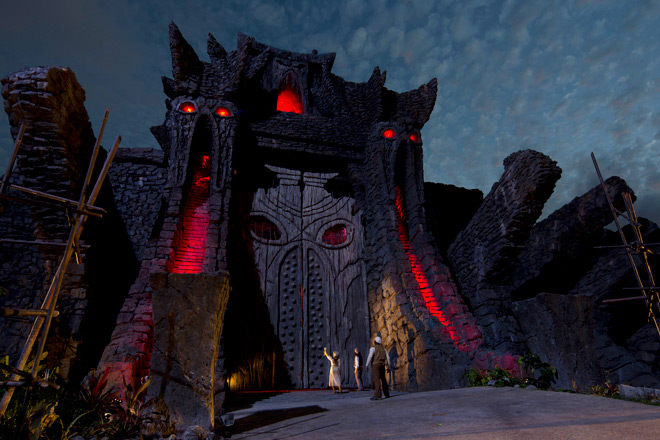 Skull Island: Reign of Kong is the newest ride to open this summer