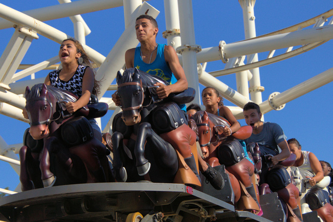 Visit Luna Park and enjoy all the classic thrill rides with discount tickets