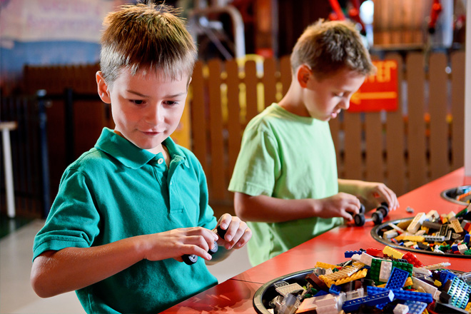 Kids imaginations will run wild at LEGLAND Discovery Centers Build & Test