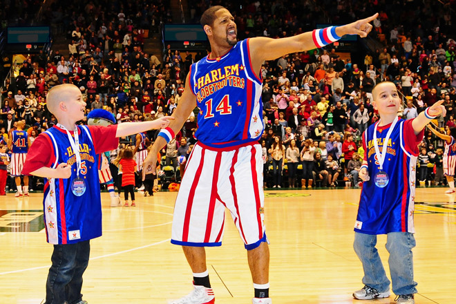 Be there as The Harlem Globetrotters take over Houston and Columbus with tickets from TicketsatWork.com!