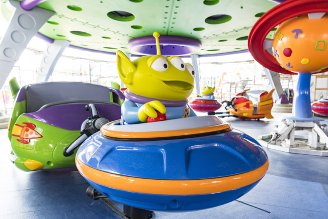Flying Saucers - Toy Story Land