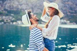 10 Memorable Ways to Celebrate Valentine's Day - Get Deals at TicketsatWork.com!